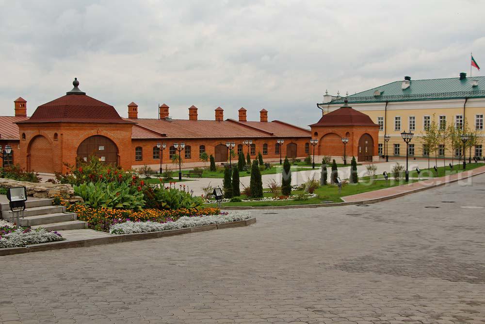 Пушечный двор на территории Кремля в Казани