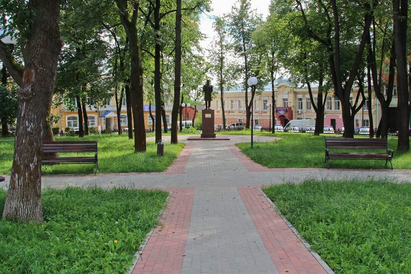 Что посмотреть в Серпухове - памятник Столыпину