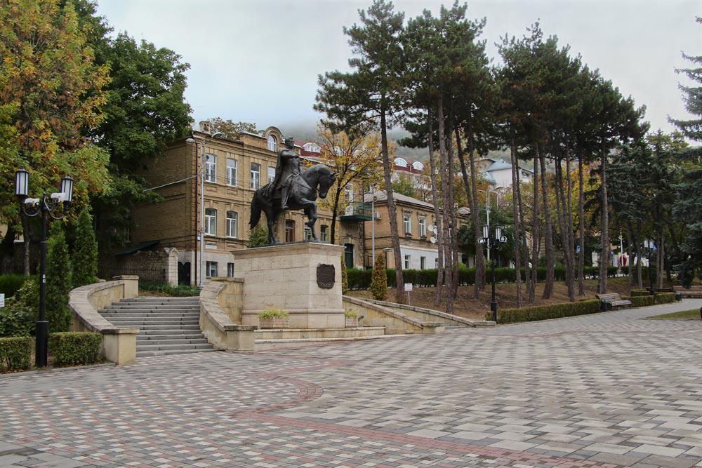 Памятник генералу Ермолову в Пятигорске