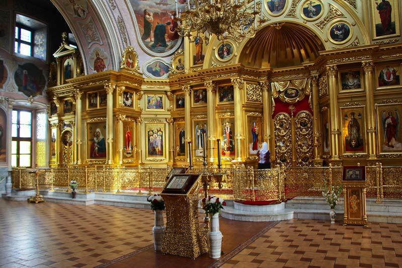 Собор Николы Белого внутри