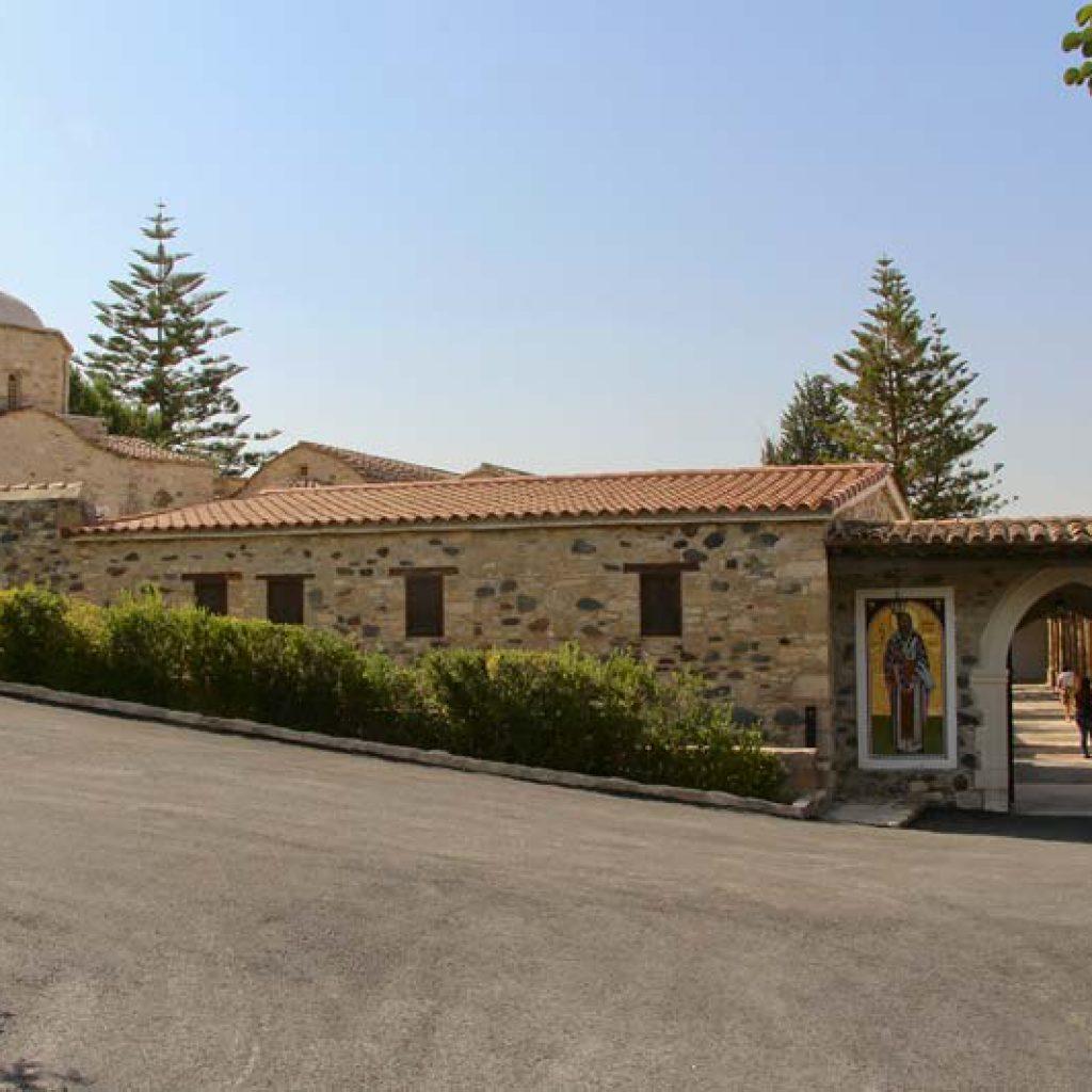 Что посмотреть на Кипре - монастырь святого Ираклидия