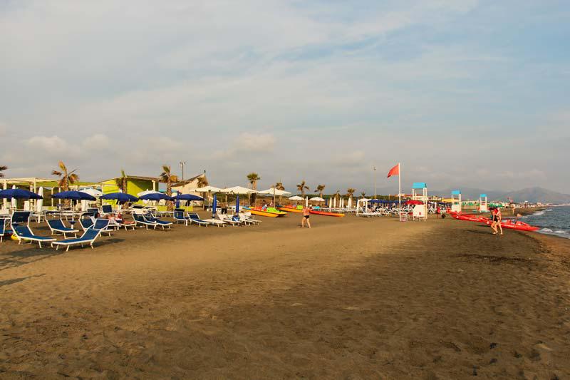 Пляж отеля La Serra